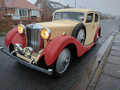 Mg Va Saloon 1938 Cream/red Vintage Car