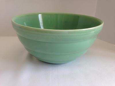 Vintage Bauer Pottery Beehive Mixing Bowl #12 9 3/4 x 4 3/4 Green