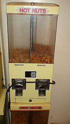 HOT NUT VENDOR - USED CONDITION- reduced!!!! - SOLD AS IS -BEAVER $1 COIN MECHS