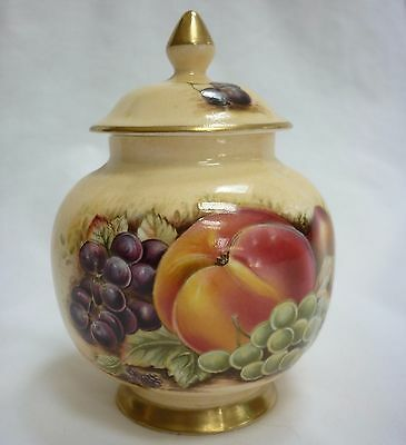 Aynsley lidded ginger jar - Orchard Gold pattern. Excellent condition