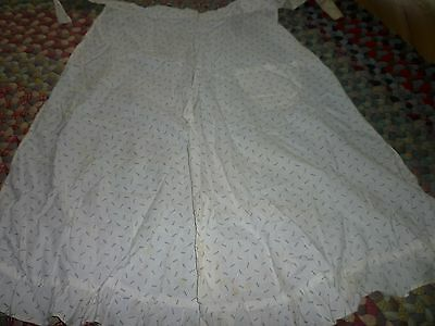 EARLY 1900's  LARGE ANTIQUE APRON ~ BLACK SHIRTING PRINT- 18