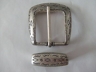 """Rome Silver Finish Buckle Keeper Set For 1 1/8"""" Belt"""