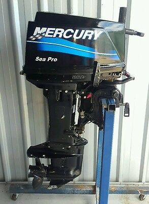 25hp mercury outboard short shaft 2007 model  ( can freight australia wide )