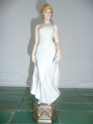 SALE WOW Royal Dux Lady Diana Princess of Wales Porcelain Figurine