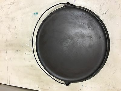 """Griswold """" RARE"""" #618 Erie Bail Handle Round #14 Griddle"""