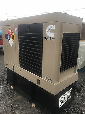50 Kw Diesel Generator Cummins 4Bt Base Tank 12 Lead 1 /3 Phase Enclosed 300 Hrs