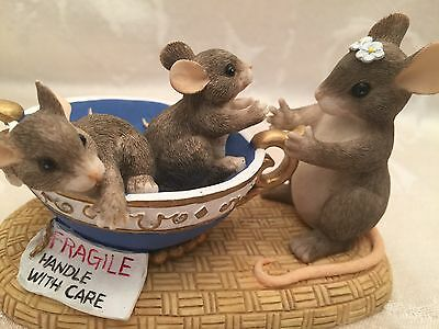 Charming Tails Fragile Handle With Care Mouse Mice In Tea Cup Figurine Mom Baby