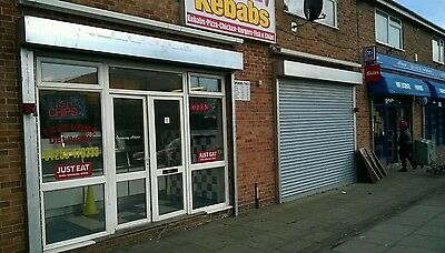 FISH AND CHIPS SHOP FOR SALE IN CLACTON ON SEA with 2 BEDROOMS FLAT