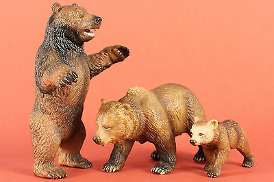 Schleich  Retired Grizzly Bear Group: Male 14128, Female 14323 & Cub 14324  VGC