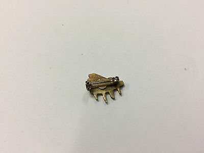 Stunning Vintage Estate Find Nice Playing Piano Goldtone Small Brooch Pin A9