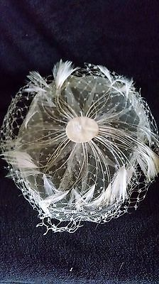 1950s Feather and netting Fascinator Hat, Vintage Peacock white or ivory feather
