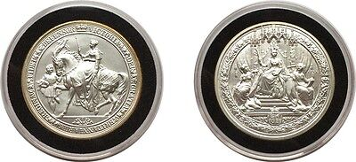 GREAT SEALS OF THE REALM - FIVE OUNCE 5oz SOLID SILVER MEDAL - VICTORIA