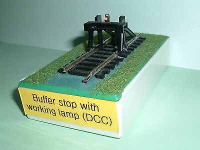 OO Hornby buffer stop with working lamp (for DCC)