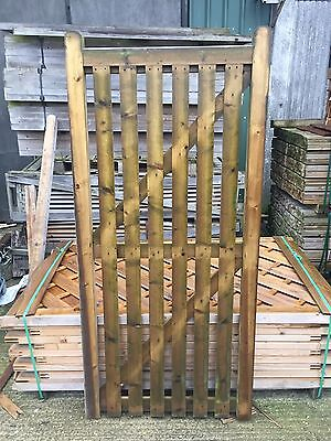 2ft 9 wide garden fencing fence wood wooden gate - Brand New