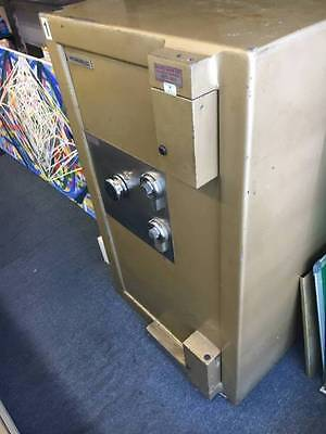SECURITY SAFE WORMALD COMBINATION SAFE Free Delivery in Melbourne area.
