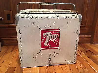 7-up Metal Soda Pop Bottle Cooler, Ice Chest, Vintage, Sign, Picnic, Antique