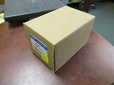Eaton Neutral Current Transformer CTF080 80:.06 Ratio New Surplus