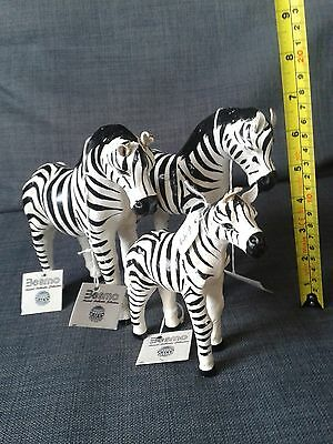 Besmo hand made leather 3x Zebras figure