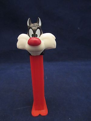 PEZ Loose Footed SYLVESTER Looney Tunes Candy Dispenser 4.9 Slovenia (U715)