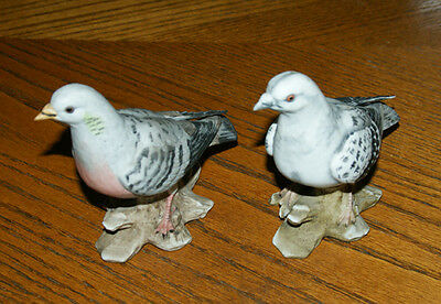 2 x ALFRO (London) Pottery PIGEONS Figurines