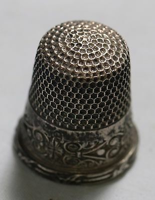 Vintage Sterling Silver .925 Thimble 3.8 Grams Nice Details