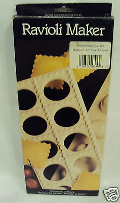 "Vitantonio Ravioli Maker 10 2 1/2"" Round Pockets No. 510"