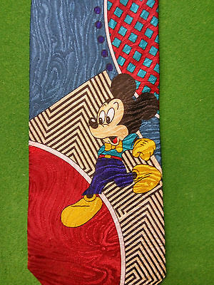 VINTAGE 80s Novelty Mickey Mouse Leaping Tie (Made in ITALY - John & Lois Ties)
