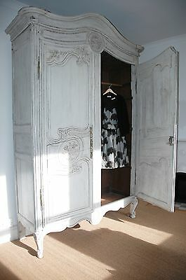 French Antique Armoire Wardrobe / Linen Cupboard