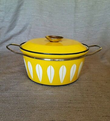 "VTG Catherineholm NORWAY Yellow Lotus enameled 8.5""  pot with lid wire handle"
