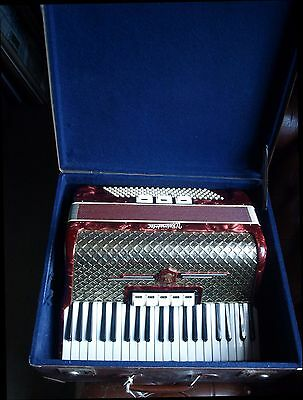 Vintage Original Classic German Piano Accordion WELTMEISTER 120 bass.