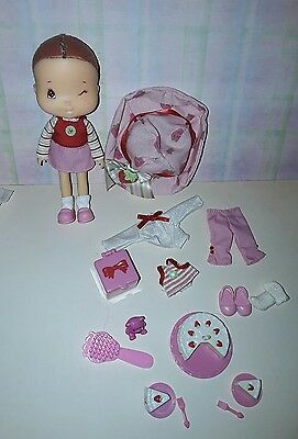 bandai doll strawberry shortcake birthday surprise and accessories wink