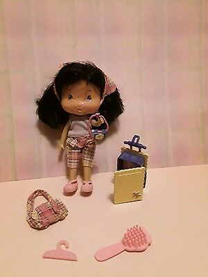 bandai doll strawberry shortcake ginger snap with camera goin' places
