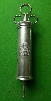 Vintage S MAW, SON AND SONS. EAR SYRINGE. MEDICAL USE. (M2)