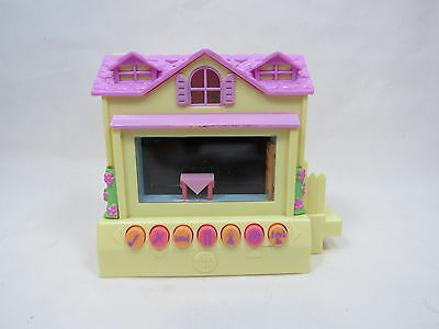 2005 Mattel Pixel Chix Yellow House Tested Works Rare Great Gift! B56 .1