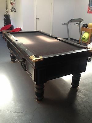 Coin operated Pool Table Pub style SLATE with accessories