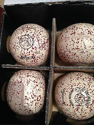 Henselite Dreamline White Red Speckled Size 4 Plain Grip Lawn Bowls