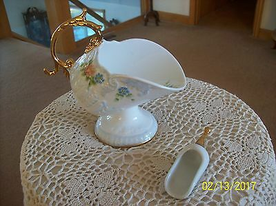 Victorian Style Porcelain Vintage Hand Painted Gilt Gold Sugar Bowl With Scoop
