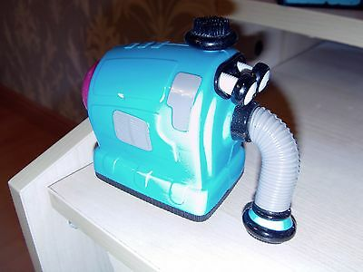 push along friction noonoo noo naughty hoover from teletubbies