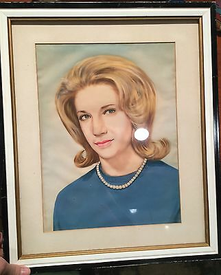 Portrait of woman on silk Beautiful! pearls and cashmere! Oil painting vintage