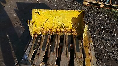 horndraulic loader fork bucket vintage fitted to massey ferguson fordson brown