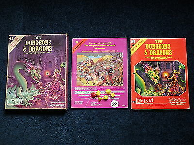 Dungeons & Dragons - Vintage TSR Basic set 1980 with Box, Module B2, Rules, Dice