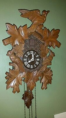 LARGE ////    8 day    //// GERMAN  CUCKOO CLOCK ---FULLY SERVISED------VERY CL