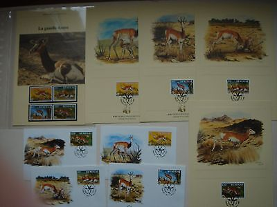 Lot timbres animaux + enveloppes + cartes WWF