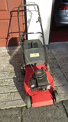"""lawnmower Briggs and Stratton 4 stroke 18"""" blade with power drive"""