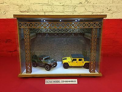 1:18 1/18 1-18 118 Scale Hummer Complete Diorama Garage With Tools & Cars