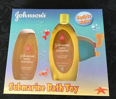 Johnsons baby shampoo gift set with submarine squirty bath toy