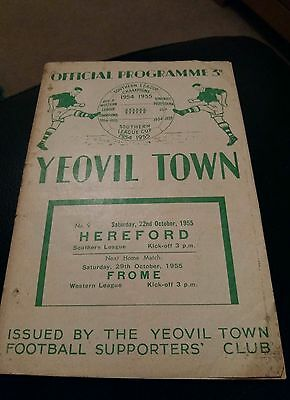 yeovil town v hereford 1955 football programme good condition