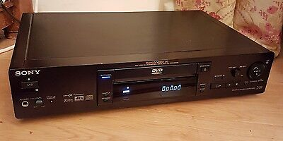 Sony DVP-S725D CD/DVD Player in Black  + Remote Control (D1)