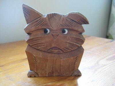 Vintage collectable carved wooden pencil/pen holder - cats face