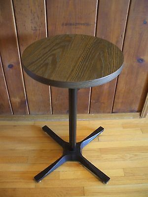 Fabulous! Vintage Urban Industrial L & B Products Iron Pedestal Side Table MCM